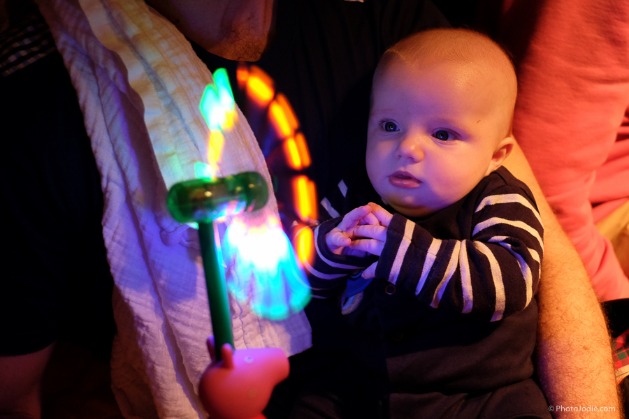 Flashy light thing can also be used as a 'Baby Tamer'. Ace!