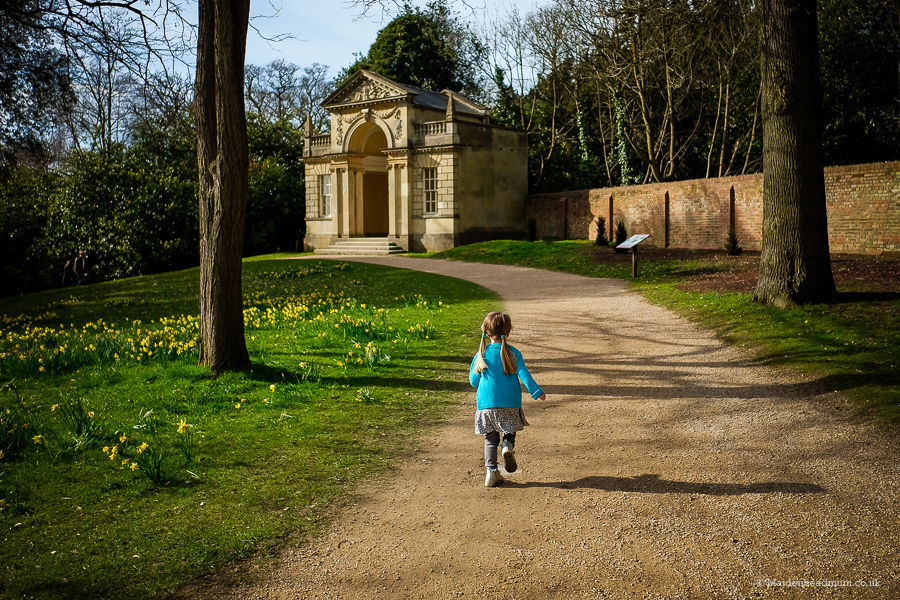 Although we had queued to get into Cliveden we avoided the crowds and explored the woods instead of following the Easter Trail.