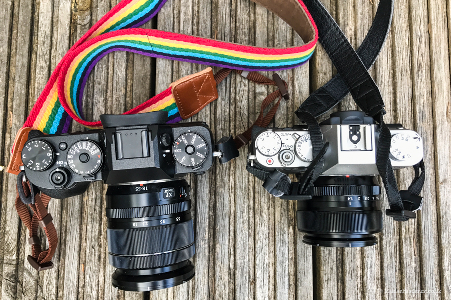 A comparison from above. The XT2 on the left has the 18-55 f2.8-4 zoom lens on and the XT10 on the left has the 35mm f1.4 prime lens