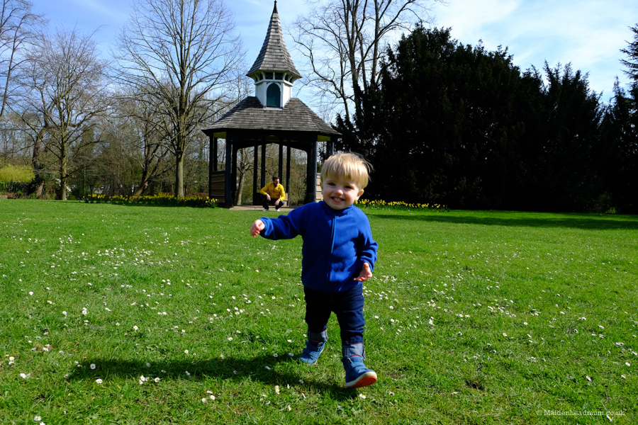 Free things to do with the kids in Maidenhead: Guards club park